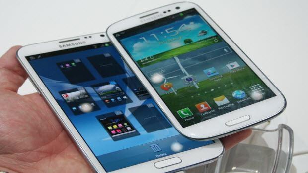 ESKİ MODEL TELEFONLAR YENİLERİYLE KARŞI KARŞIYA 1