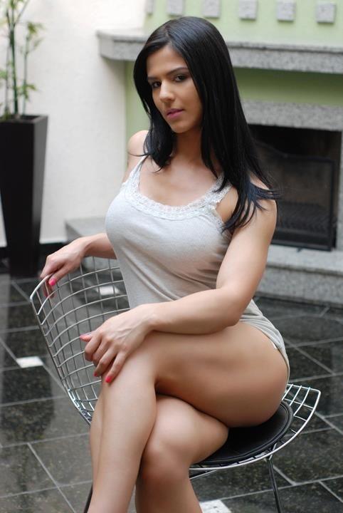 EVA ANDRESSA 27