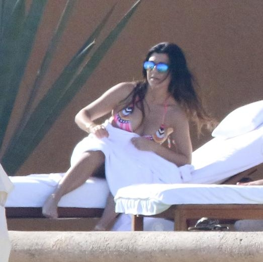 KOURTNEY KARDASHIAN 35 YAŞINA GİRDİ 15