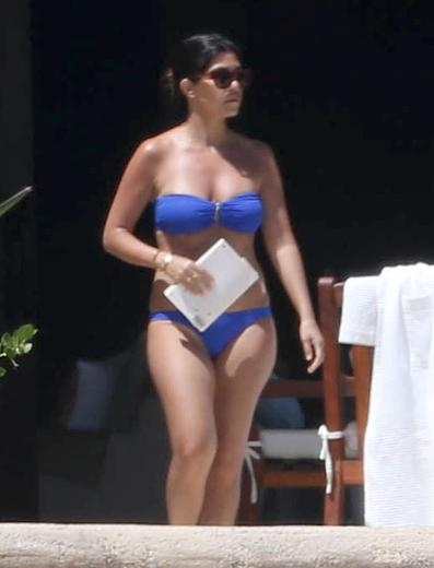 KOURTNEY KARDASHİAN SCOTT DİSİCK TATİLDE 12