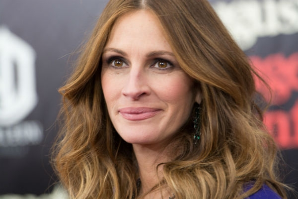 JULIA ROBERTS'IN ACI GÜNÜ 1