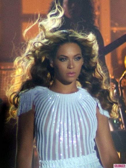 "BEYONCE 'MRS. CARTER WORLD TOUR"" ADLI TURNESİNE SIRBİSTAN'DA START  3"