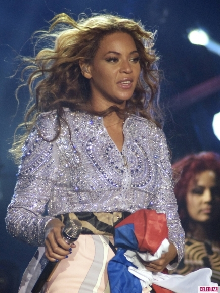 "BEYONCE 'MRS. CARTER WORLD TOUR"" ADLI TURNESİNE SIRBİSTAN'DA START  7"