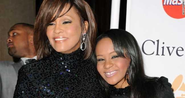 Whitney Houston'un kızı ölmek üzere 1