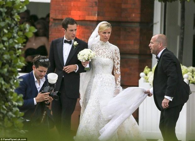 Yılın düğününde talihsiz görüntü 1