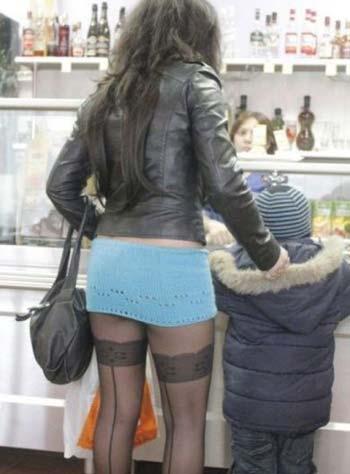фото мамки в коротких юбках