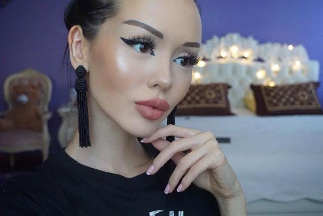 Kazakistanlı Barbie sosyal medyada en çok paylaşılanlarda 14