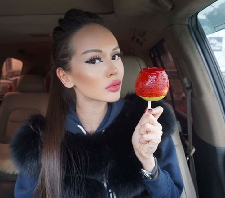 Kazakistanlı Barbie sosyal medyada en çok paylaşılanlarda 16