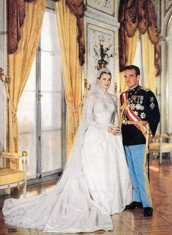 Dört kuşak önceki büyükannesi İngiliz sarayında hizmetçi olarak çalışmış 26
