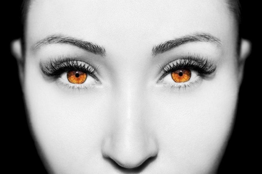 Göz rengi karakteri etkiler mi? 13