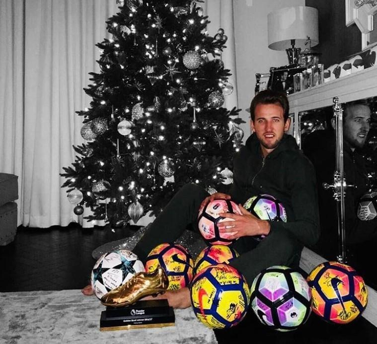 Futbol yıldızlarından yeni yıl mesajları ve paylaşımlar 20