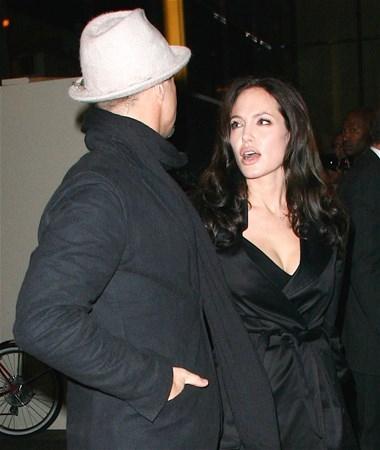Ve ayrılığın nedenini Angelina anlattı 2