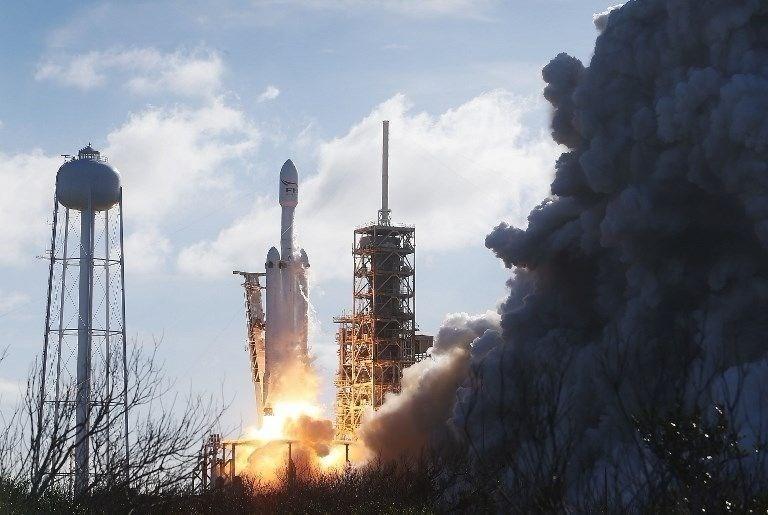 Uçan otomobil Mars'ı ıskalayacak 15