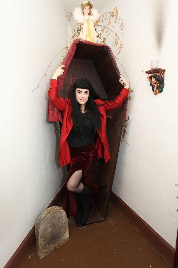 Gerçek vampir! Sevgilisinin kanını içiyor... 15