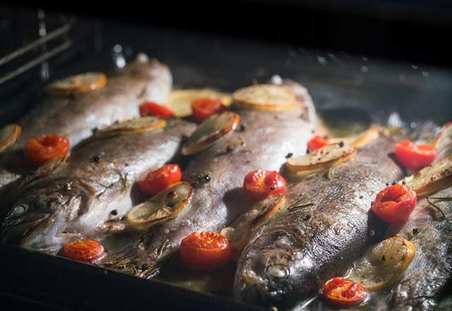 Hepimiz balığı böyle kızartıyoruz ama dikkat! 5