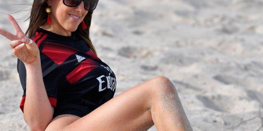 İtalyan futbol hakemi Claudia Romani Miami'de görüntülendi