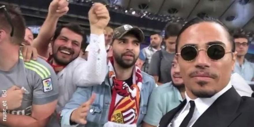 Nusret Şampiyonlar Ligi kupasını 'tuzladı'