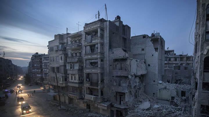 BM: SURİYE'DE EN AZ 93 BİN KİŞİ ÖLDÜ