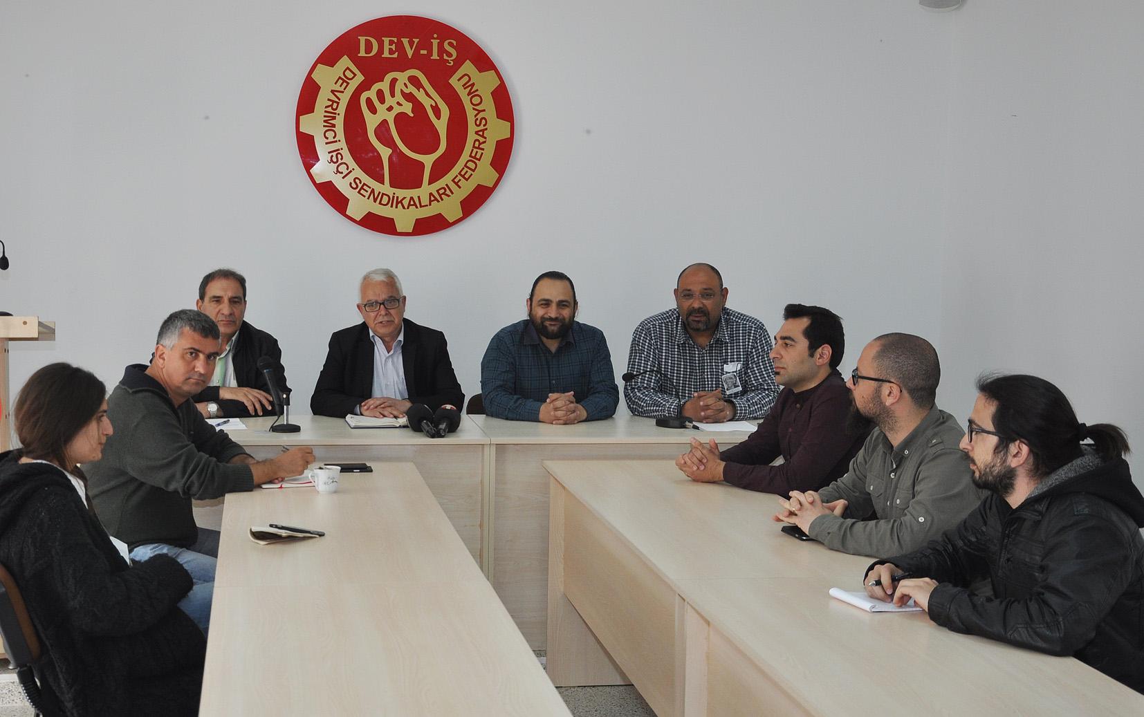 DEV-İŞ'TE 1 MAYIS KUTLAMALARI HAZIRLIK TOPLANTISI