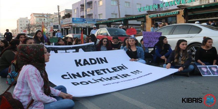 KADIN CİNAYETLERİ LANETLENDİ!
