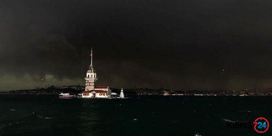 İSTANBUL'DA SAĞANAK ETKİLİ OLDU