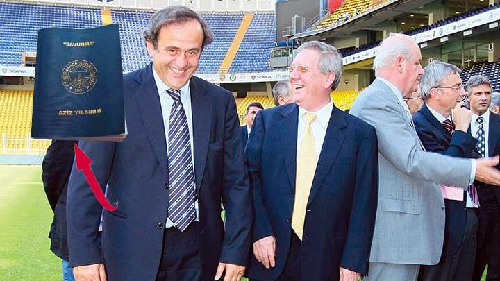 LACİVERT KİTAP UEFA'DA