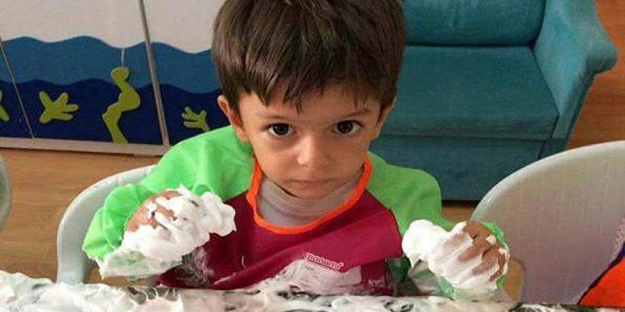 Türkiye Minik Alperen'e ağlıyor!