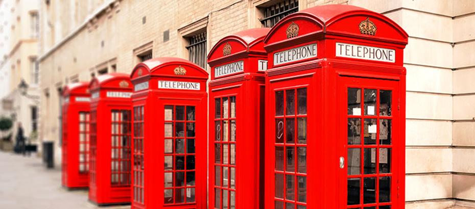 """LONDRA'NIN SİMGESİ """"KIRMIZI TELEFON KULÜBELERİ"""" KALDIRILIYOR"""