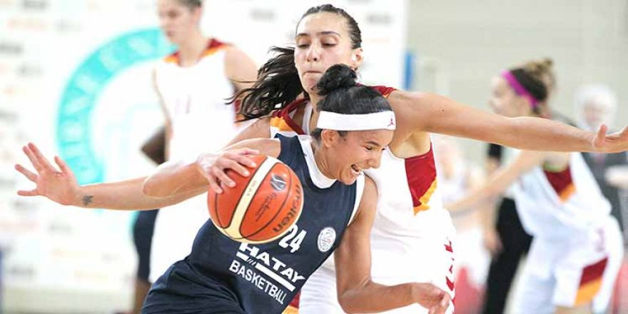 İlk finalist Yakın Doğu: 79-70