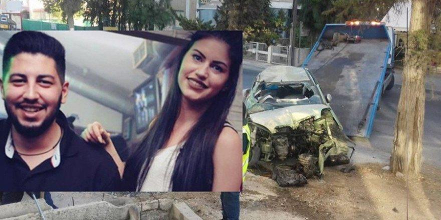Güney Lefkoşa'da doğum günü dönüşü feci kaza: İki ölü