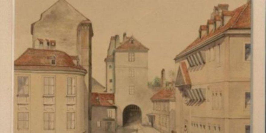 Eskici pazarından aldığı tablo Hitler'e ait çıktı