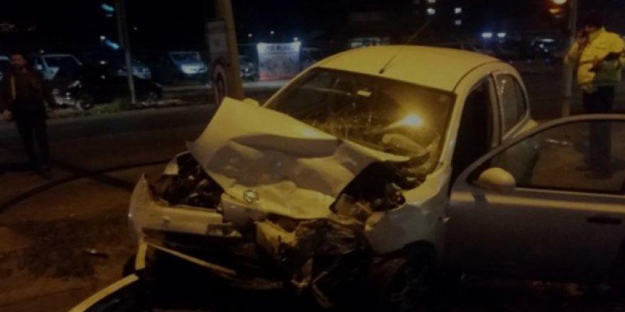 Aracı bırakıp kaza yerinden kaçtı