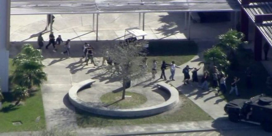 Florida'da bir lisede silahlı saldırı: En az 17 kişi hayatını kaybetti
