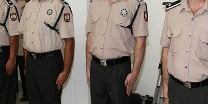POLİSLERDEN BİRİ 'BAŞMÜFETTİŞ' DİĞERİ 'POLİS ÇAVUŞU' OLDU