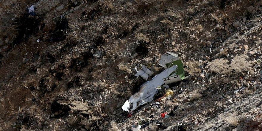 İran: Düşen Türk jetinin uçuş verileri bulunamadı