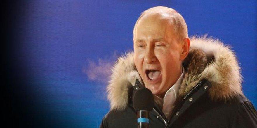Rusya devlet başkanını seçti: Seçimin galibi açık ara Putin