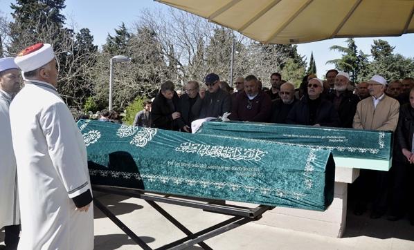 Usta oyuncunun cenazesinde sert tepki
