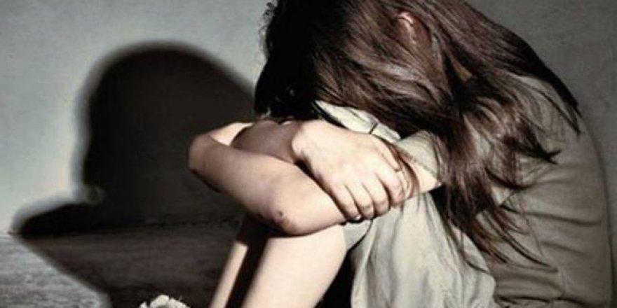İngiltere'de dehşet evi! 16 yıl boyunca karısına ve kızına tecavüz etmiş!