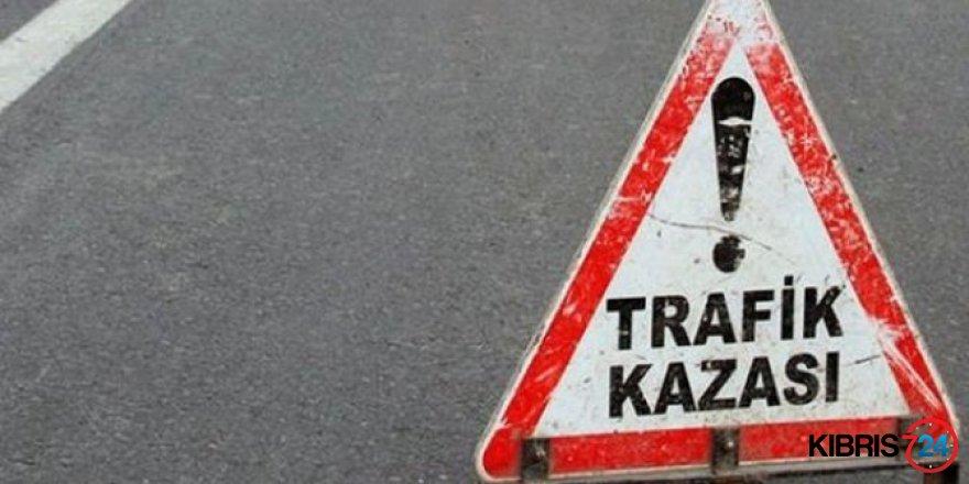 GİRNE YOLUNDA KORKUTAN KAZA!