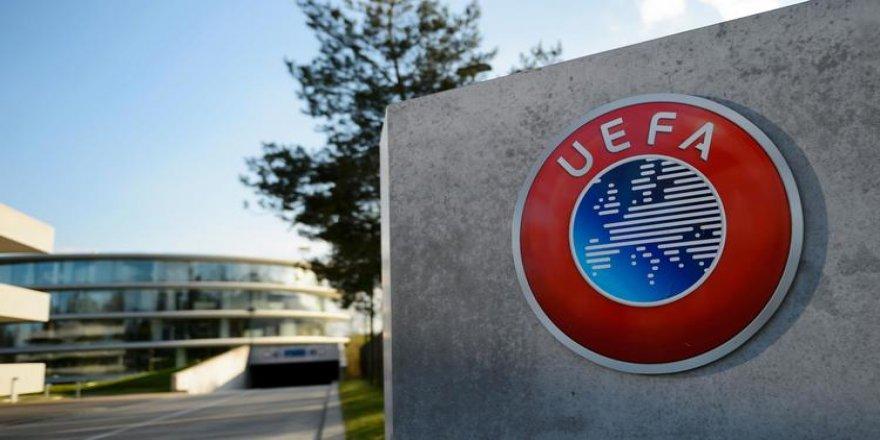UEFA'dan Galatasaray'a para cezası!