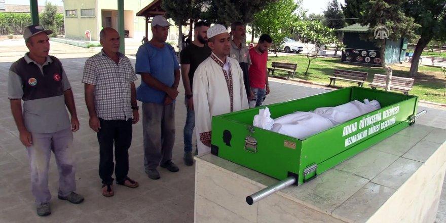 Iraklı Kadının Cenazesi Toprağa Verildi