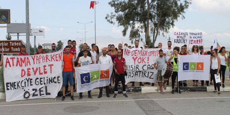CAS ÇALIŞANLARI SÜRESİZ EYLEMDE!