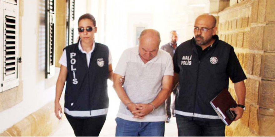 """POLİS MÜFETTİŞİ """"ORGANİZE İŞLER"""" GİBİ!"""