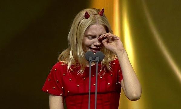 Aleyna Tilki gözyaşlaırın tutamadı!