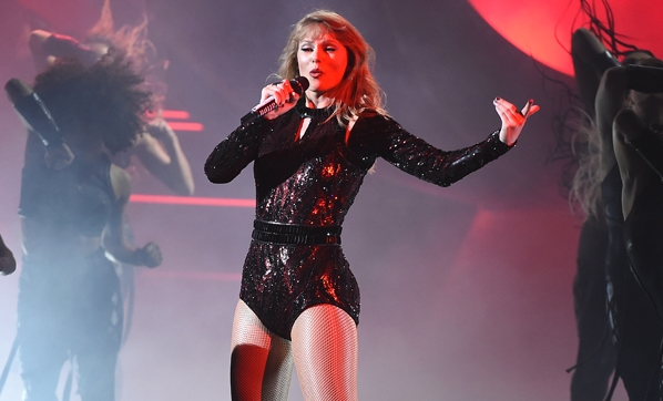 Taylor Swift'ten büyük skandal!