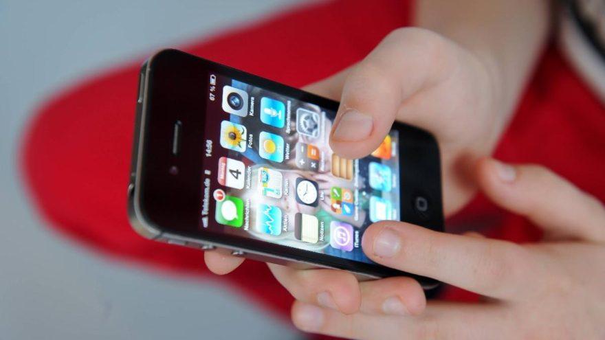 Cep telefonuna o uygulamayı indirenler dikkat!
