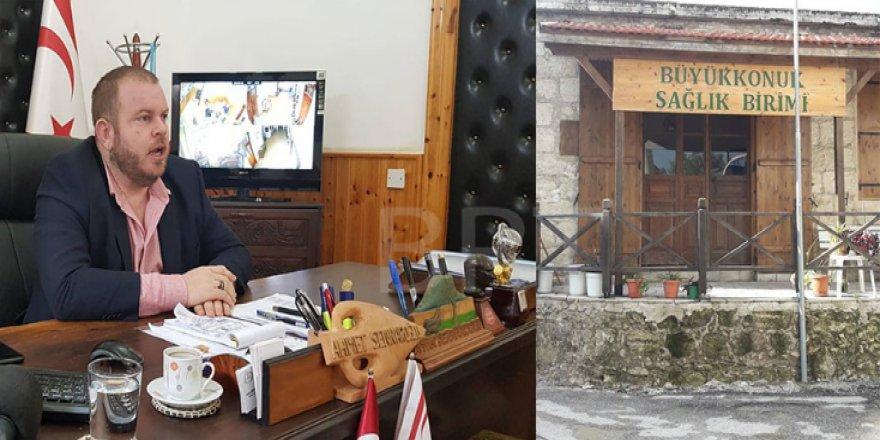 """""""EĞİTİM VE SAĞLIKTA SİYASET OLMAMASI GEREKİYOR"""""""