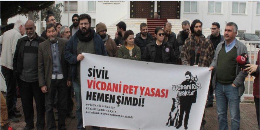 VİCDANİ RET İNİSİYATİFİ EYLEM VE BASIN TOPLANTISI YAPTI