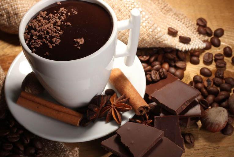 Kahvenin yanında çikolata tüketirseniz...