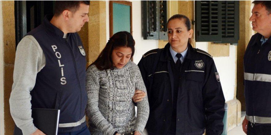 15 AYLIK OĞLUNU KAÇIRIP POLİSE KAFA ATMIŞTI....